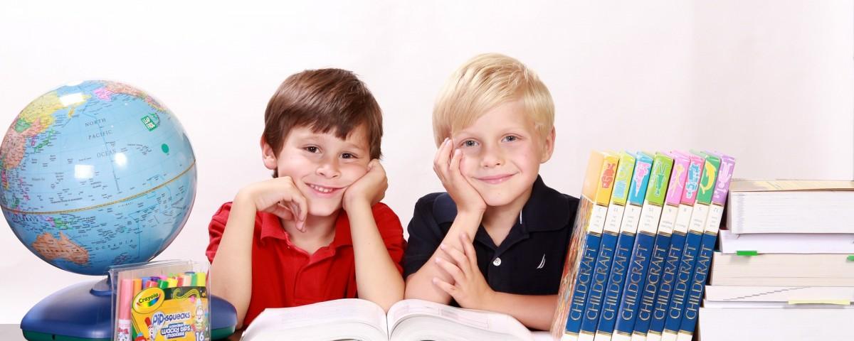 boys-286245_1920