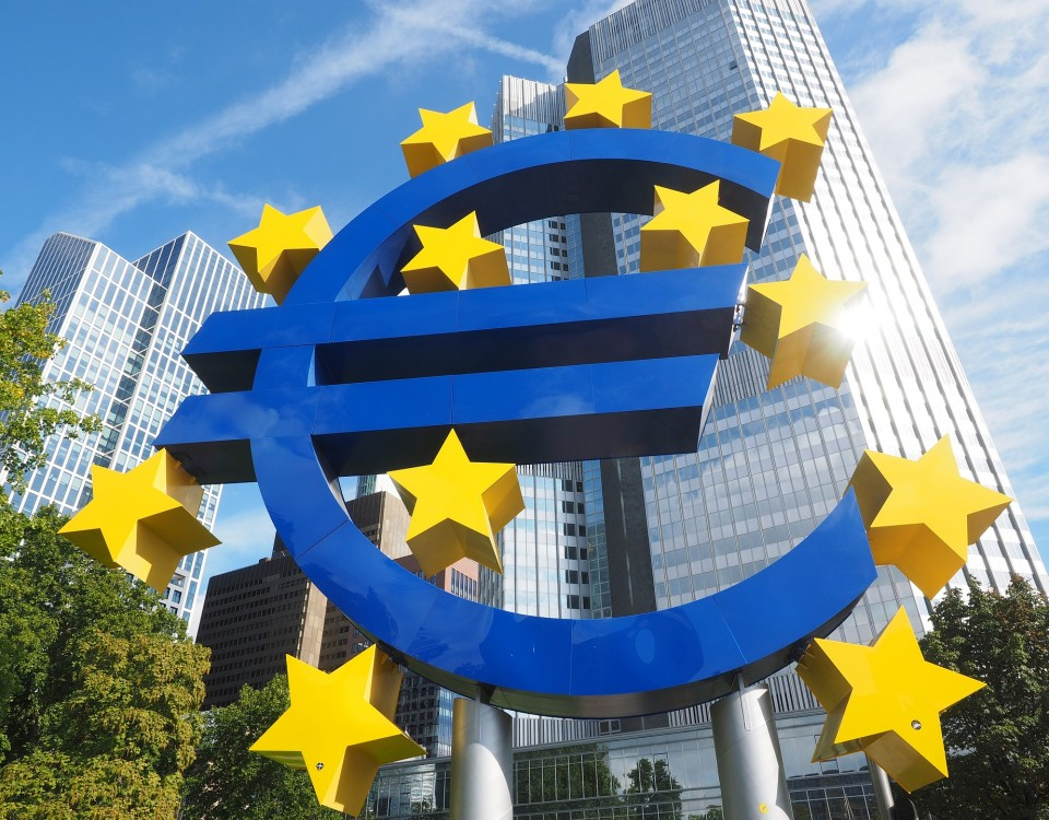 euro-sculpture-2867925_1920
